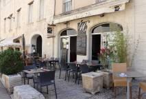 Restaurant & Bar à Vins Le 46
