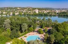 Le Pont d'Avignon Campsite