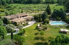 Auberge La Fenière - Reine Sammut