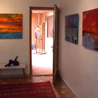 Open art studio gallery