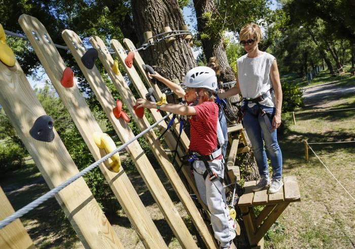 Treetop adventure park  'Oxygene Parc Aventure'